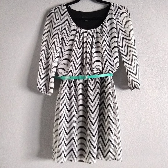City Triangles Dresses & Skirts - Black & White Patterned Dress